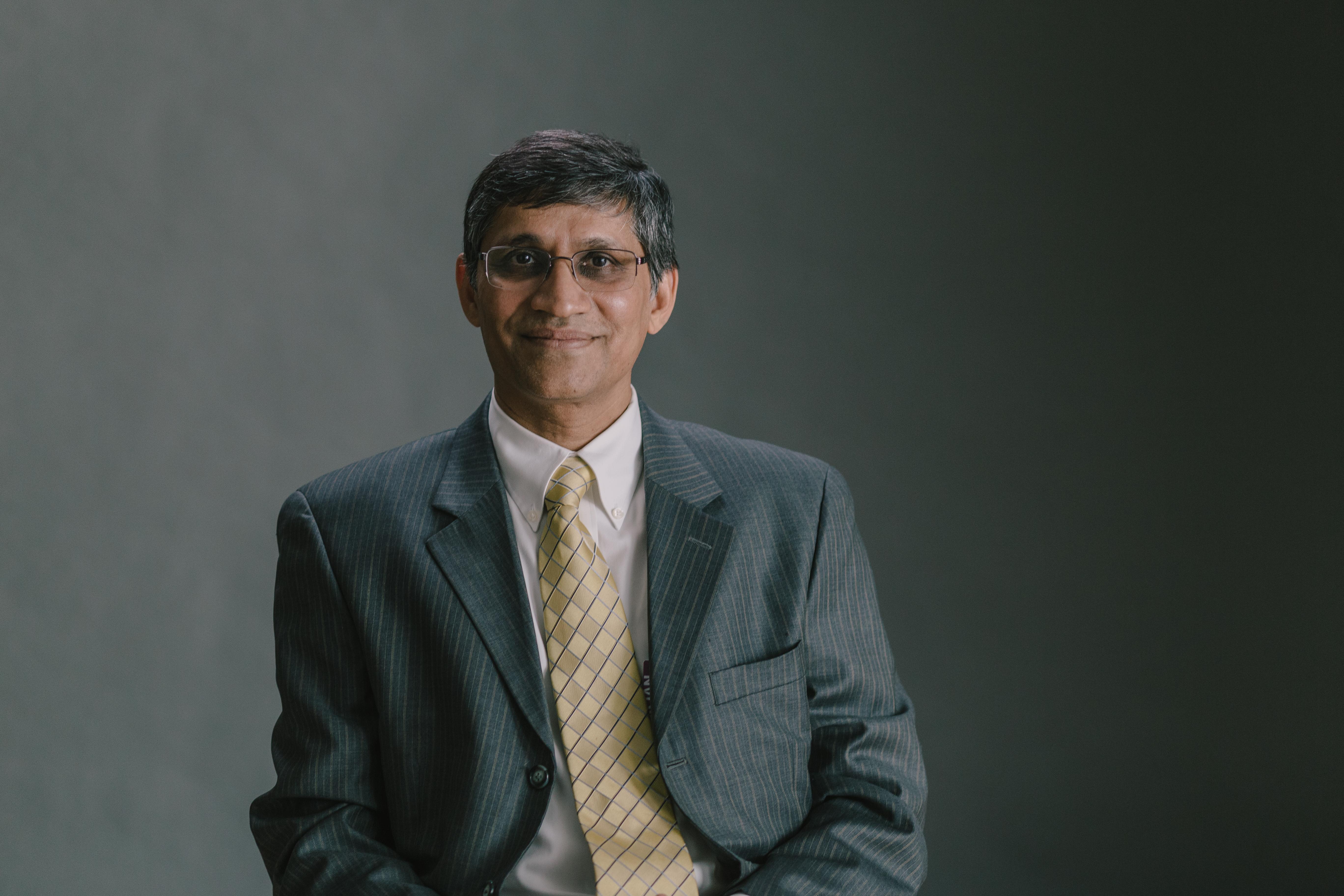 Vinay Vaidya, Chief Medical Information Officer at Phoenix Children's Hospital
