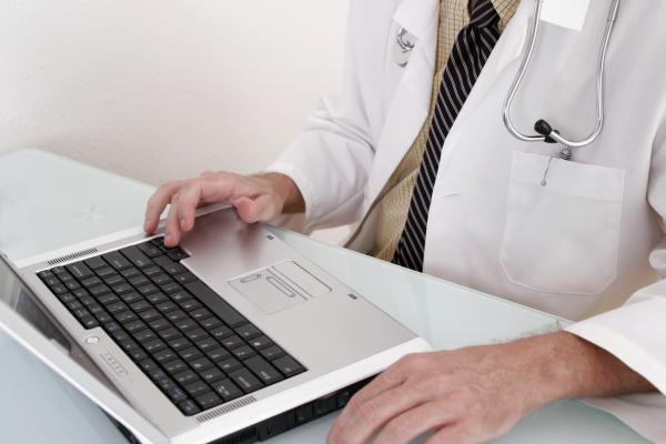 cybersecurity, healthcare industry, SecurityScorecard report, social engineering, cyberattacks