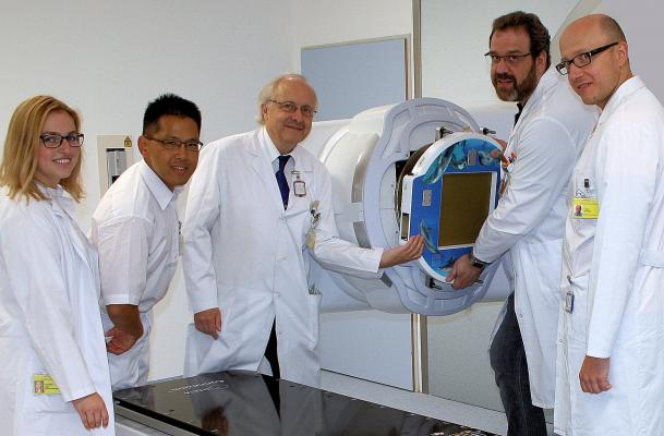 IBA, Klinikum Bayreuth Germany, first clinical application, Dolphin Transmission Detector, quality assurance, radiation therapy