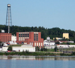 The Chalk River nuclear reactor license has been renewed, but will be decommissioned by 2028.